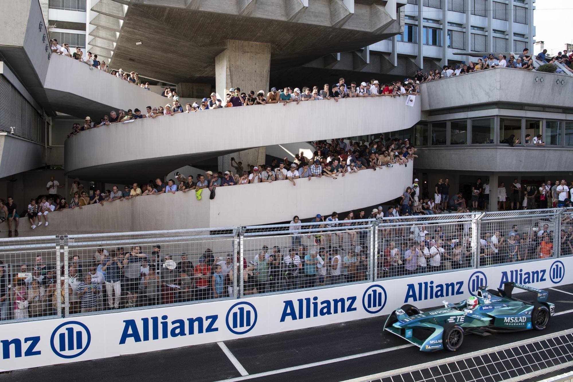 Questo è il grande interesse dimostrato per l'E-Prix di Zurigo dell'anno scorso. (Keystone/Ennio Leanza)