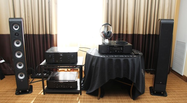 Marantz AXPONA room with Boston M 350 loudspeaker