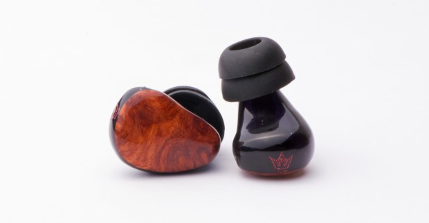 Heir Tzar 90 In Ear