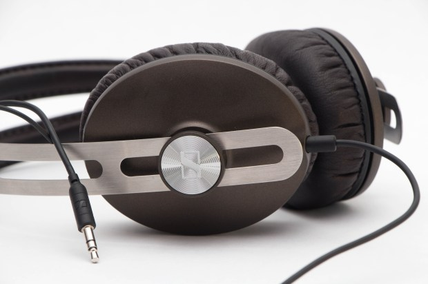 Sennheiser Momentum with Cable