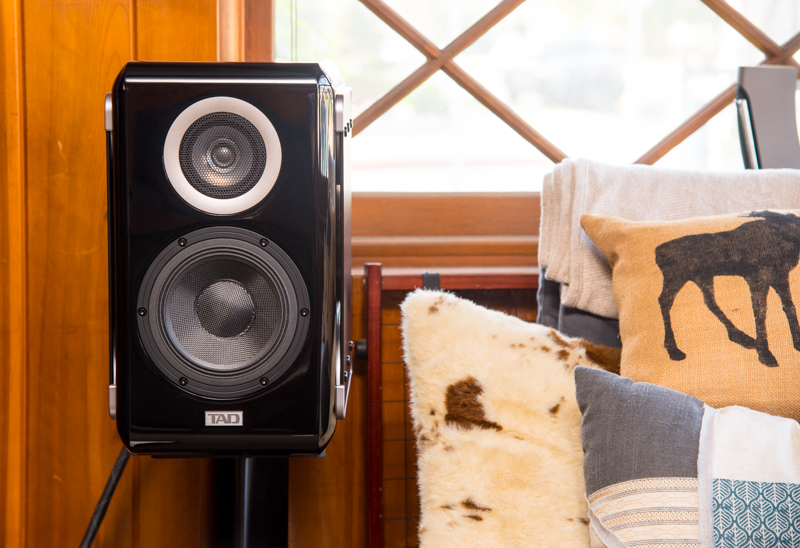 Review of the TAD Micro Evolution One Loudspeaker ME1 by Technical Audio Devices