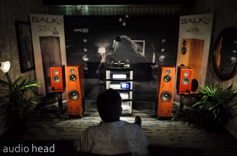 The Salk Sound SS9.5 BeAT with Schiit Audio Bifrost 2 and Sol Turntable at RMAF 2019.