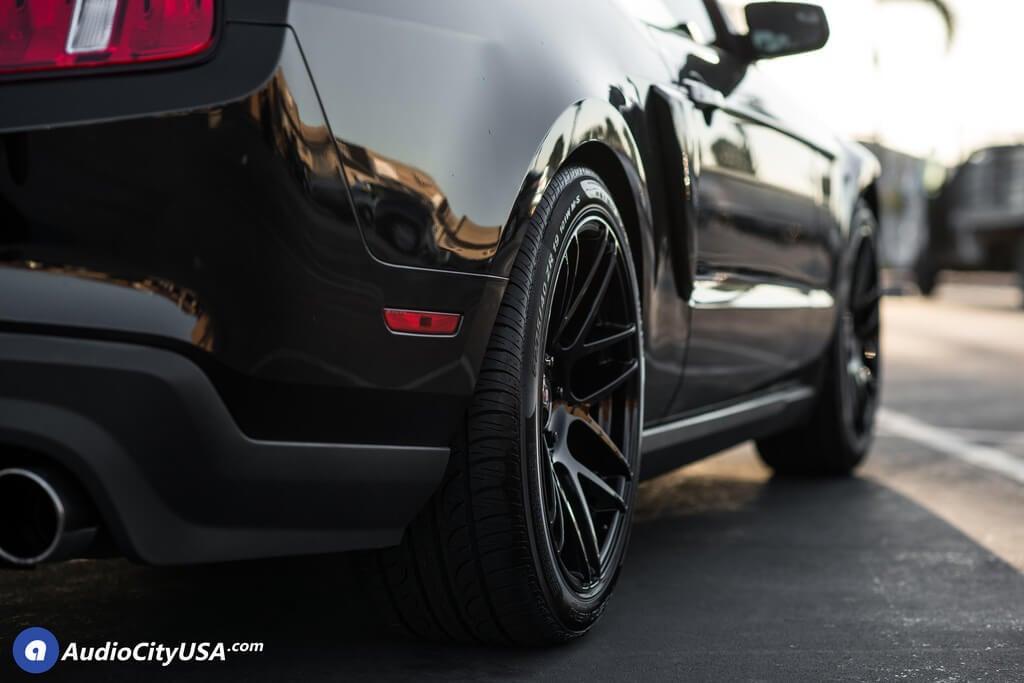 2013 Ford Mustang Wheels 19 Curva Wheels C300 Gloss