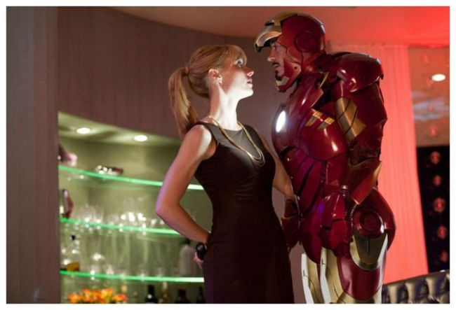 Gwyneth Paltrow y Robert Downey Jr. en Iron Man 2