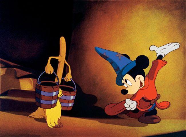 Mickey Mouse en El Aprendiz de Brujo