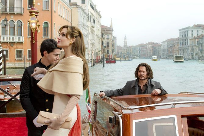 "Angelina Jolie y Johnny Deep en ""The Tourist"""