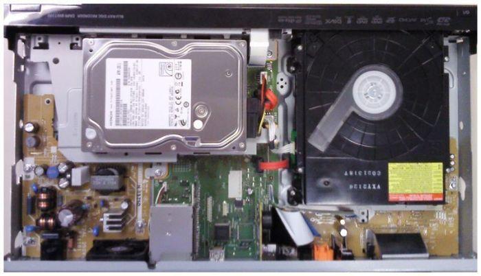 Interior del Panasonic DMR-BWT700