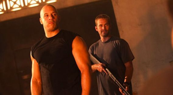 "Vin Diesel y Paul Walker en ""Fast and Furious 5"""