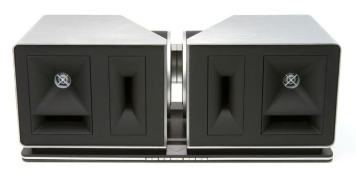 Klipsch Stadium: unidad de tres vías con pantallas acústicas separadas y simétricas