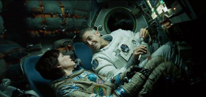 Sandra Bullock y George Clooney en Gravity (2013)