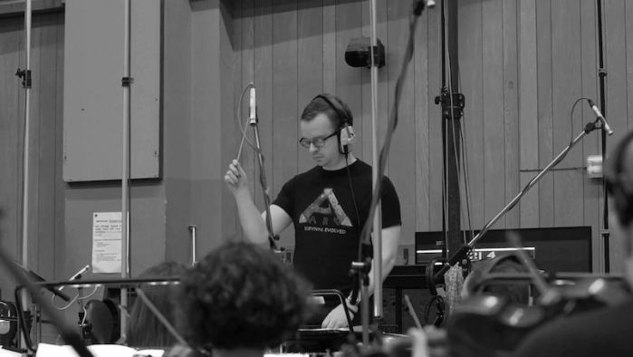 Ark: Survival Evolved. Grabación de la banda sonora en los estudios Abbey Road de Londres. Reseña en AudioVideoHD.com