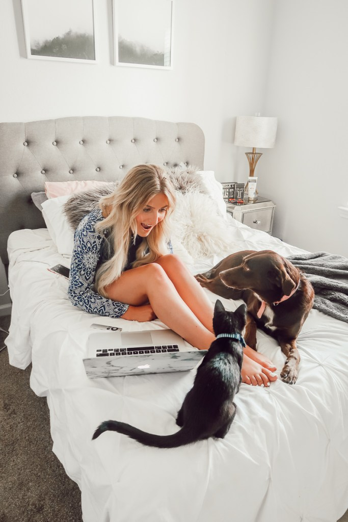 Netflix Favorites + Hello Mello | Audrey Madison Stowe a fashion and lifestyle blogger in Texas - Netflix Favorites + Best Loungewear featured by popular Texas lifestyle blogger, Audrey Madison Stowe