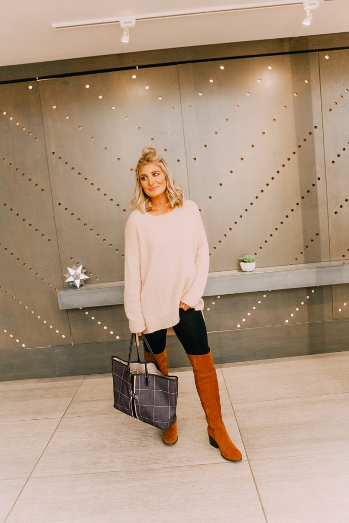 How To Style Leggings Appropriately For Work | Back to Basics | Audrey Madison Stowe a fashion and lifestyle blogger