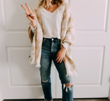 Back to Basics: How To Wear A Scarf 3 Ways | Audrey Madison Stowe a fashion and lifestyle blogger