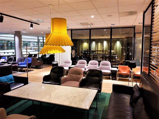 Flughafen Lounge – Wer darf rein und wieviele Gäste dürfen mit?