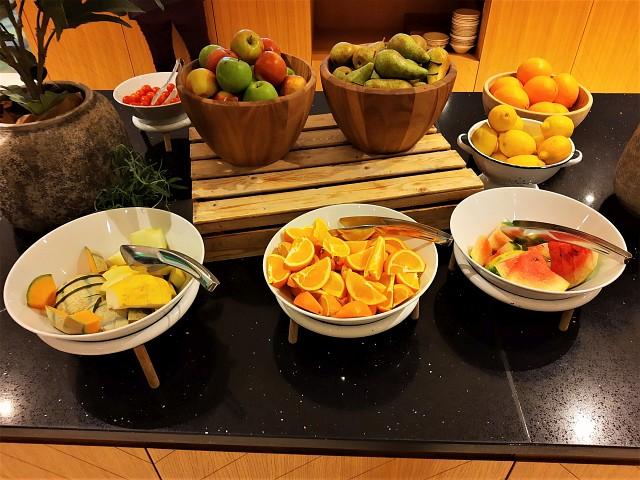 Leckeres Obst am Frühstücksbuffet
