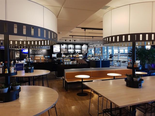Tische in SAS Business Lounge Oslo