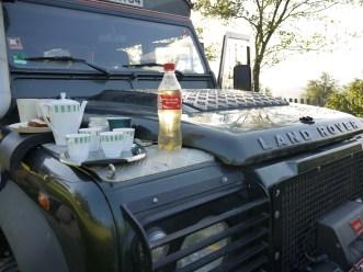 Țuică and coffee on the hood