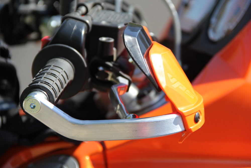 Barbusters on the KTM 950 Adventure