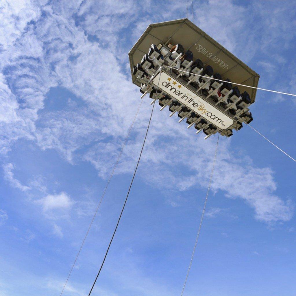Dónde hay un restaurante en las alturas  Cenar en el cielo  Dinner in the sky