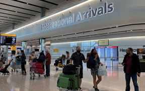 Reapertura de vuelos internacionales