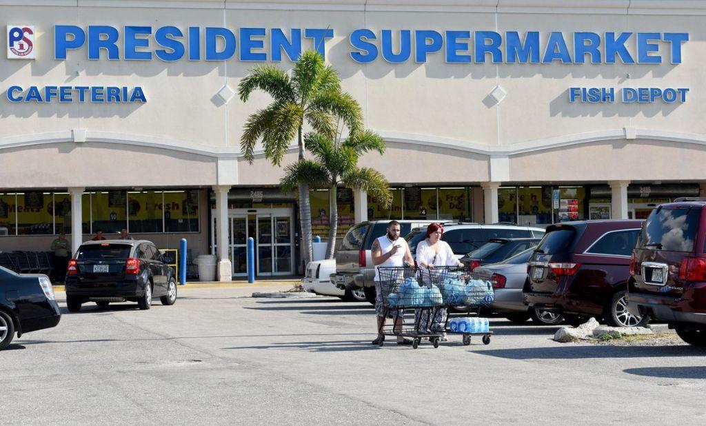 president supermarket direcciones