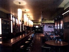Bar Louie Interior