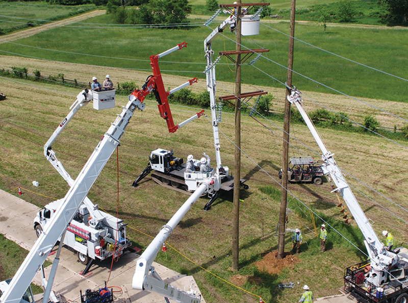 Specialized Equipment Brings Reliability, Safety to Energized Work