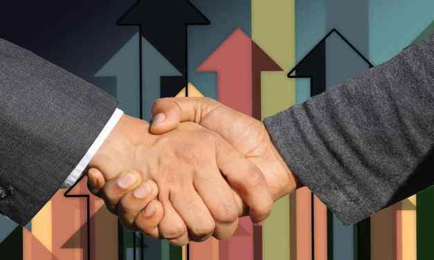 ¿Cuáles son las funciones de la dirección estratégica?