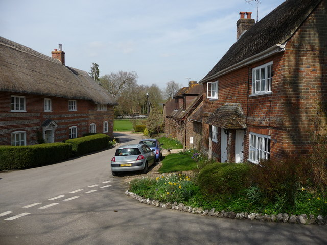 Nether_Wallop,_Five_Bells_Lane-geograph-1812464, St. Mary Mead