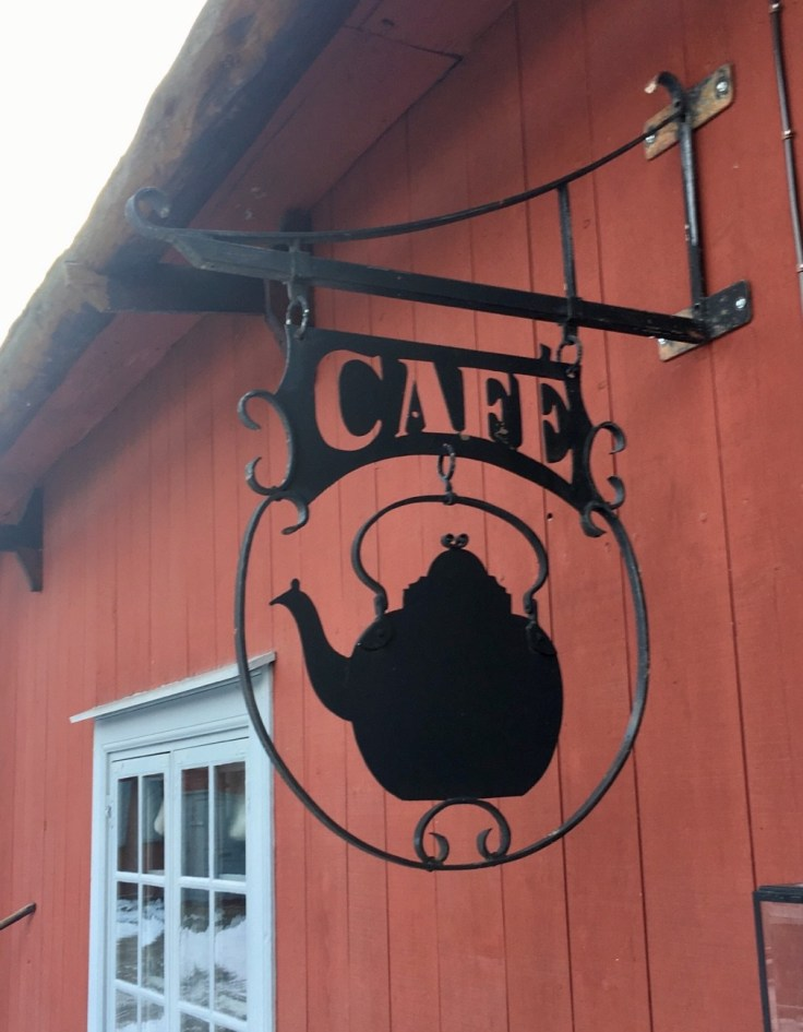 Café Qwensel, Turku, apteekkimuseo, museot, museokortti, kahvitella, visit Turku, pullataivas, 1700-luku