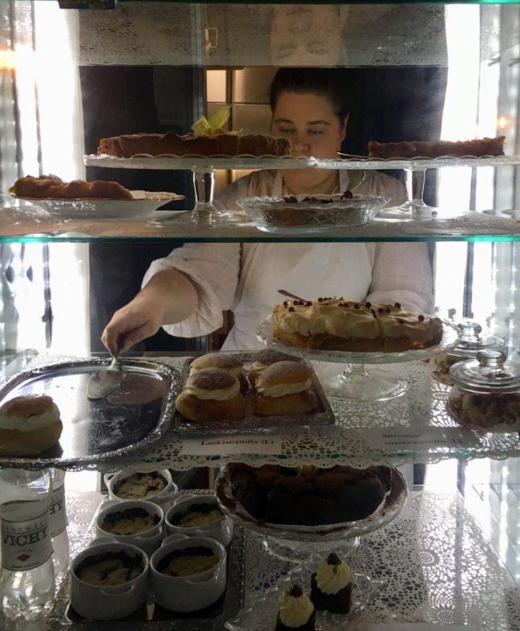 Cafe Qwensel, Turku, vanhan ajan kahvila, visit Turku, kahvitella, laskiaispulla