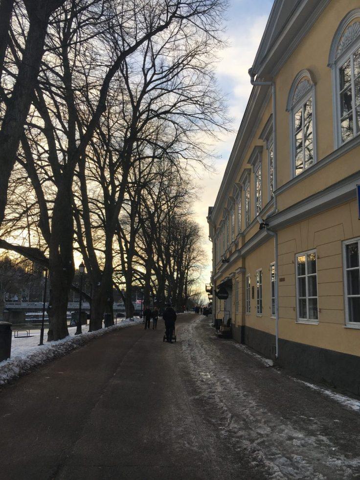 Läntinen Rantakatu, Turku, visit Tirku, Aurajoki, talvi, kotimaan loma, kaupunkiloma