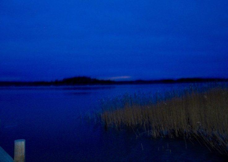 Ylöstalon matkailutila, vist Salo, Särkisalo, Suomen luonto, sininen hetki, auringon nousu