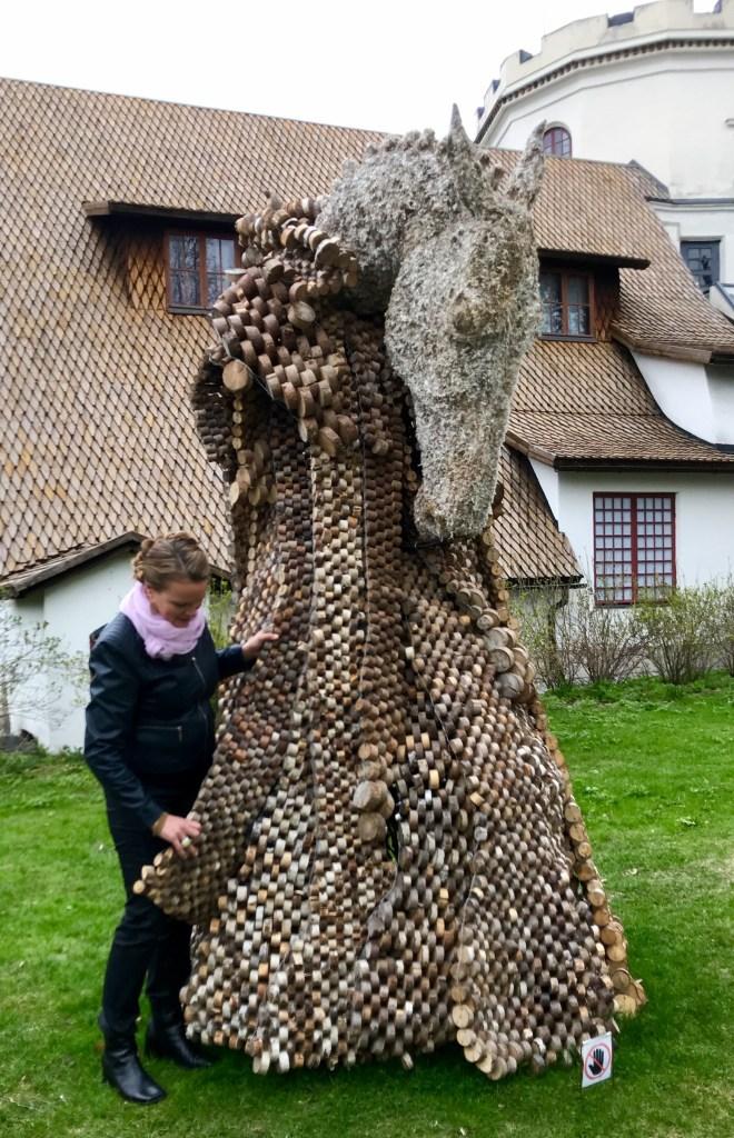 Jenni Tieaho, Musta Joutsen -näyttely
