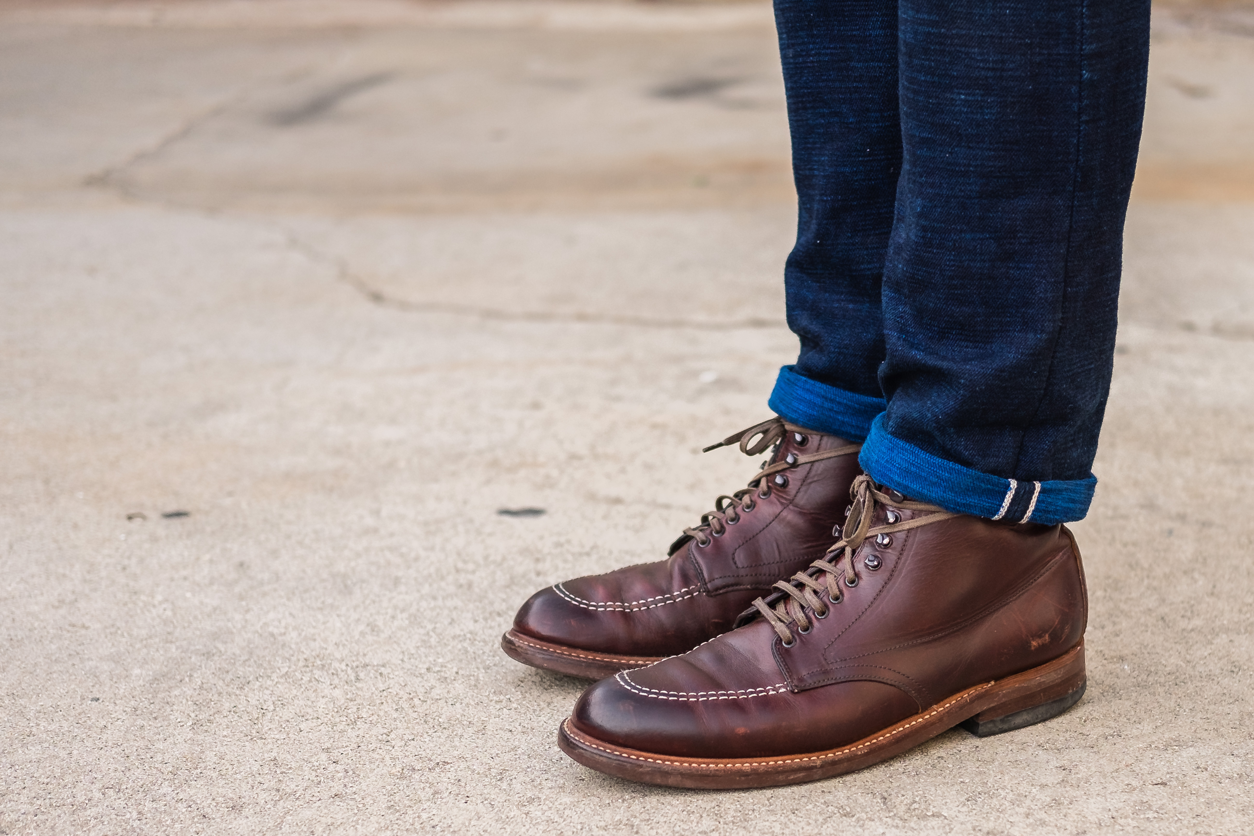 waxed laces – Aun Three Photography