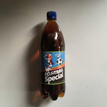 McDaid's Football Special 1 Litre bottle from Auntie Ammies American Candy Shop