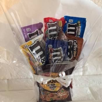 M&Ms Selection large gift bouquet.