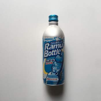 Ramune Ramu Bottle Lemonade Soda (500ml) From Auntie ammies American Candy Shop