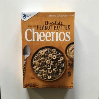 Chocolate Peanut butter cheerios (320g) From Auntie Ammies American candy Shop
