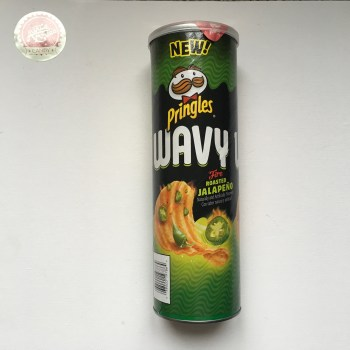 Pringles Wavy Roasted Jalapeno 124g from Auntie Ammies Candy Shop.