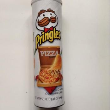 Pringles Pizza American snacks