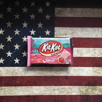 Kit Kat Strawberry 42g From Auntie Ammies Candy Shop