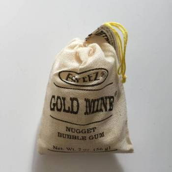 Gold mine gum from Auntie Ammie's American Candy Shop UK