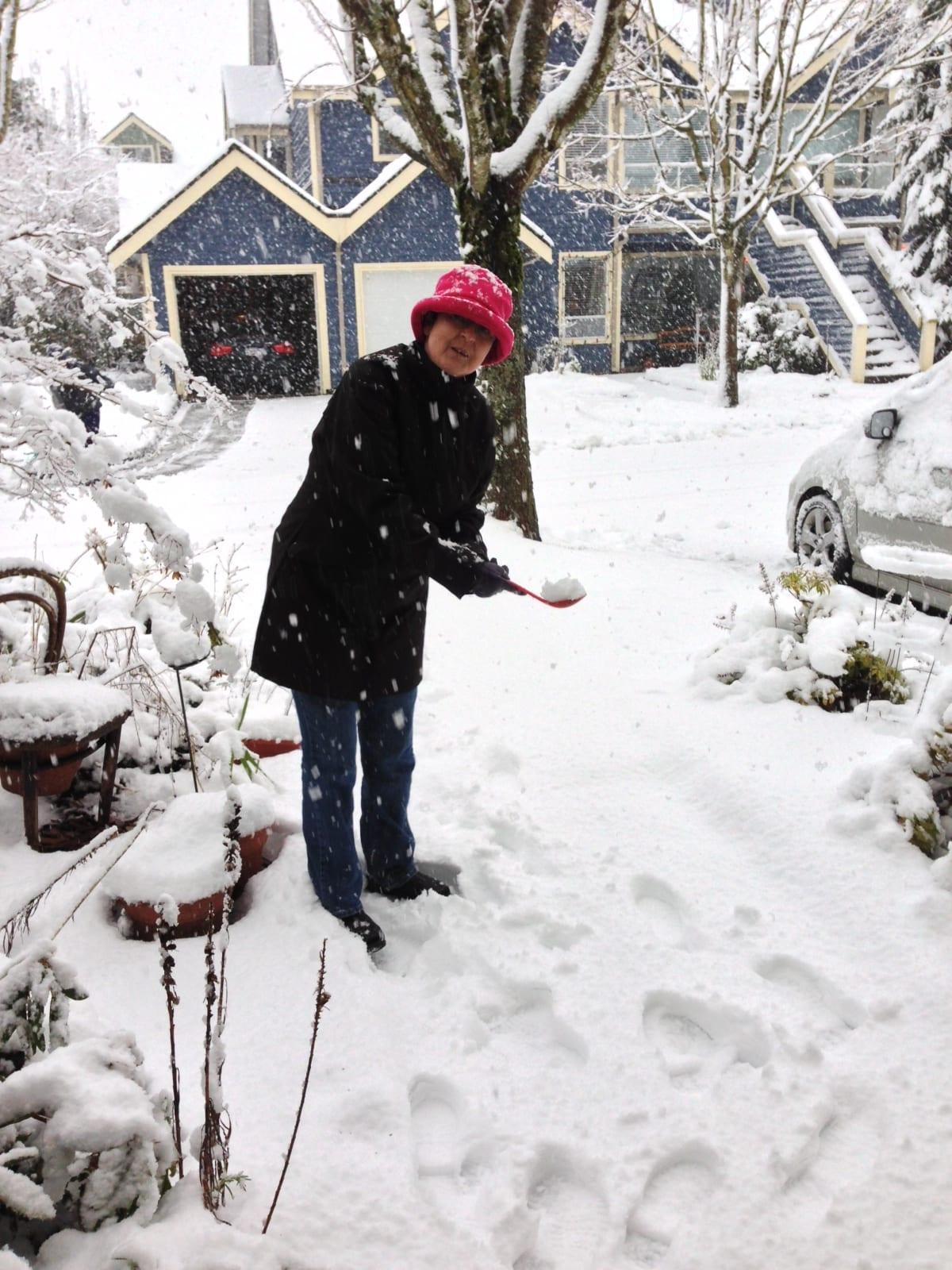 auntie stress snow