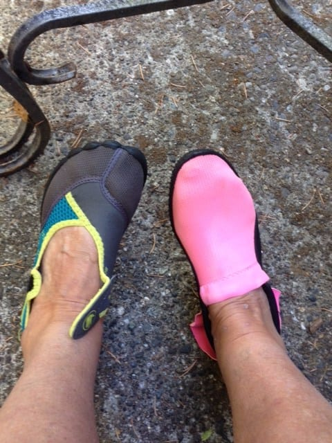 auntie stress water shoes