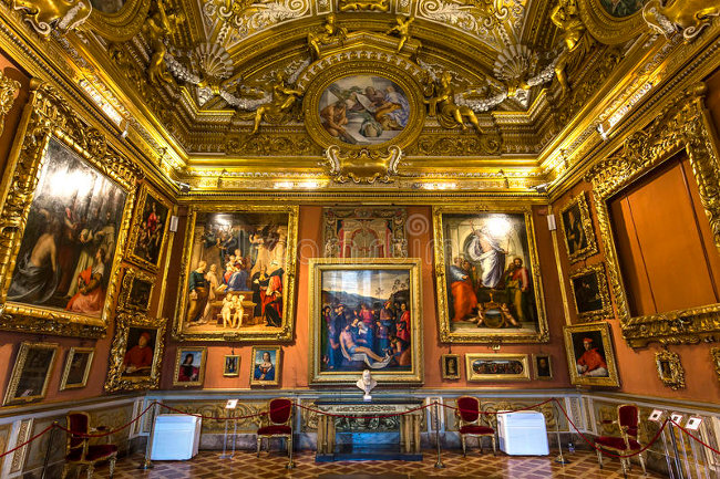 interiors-palazzo-pitti