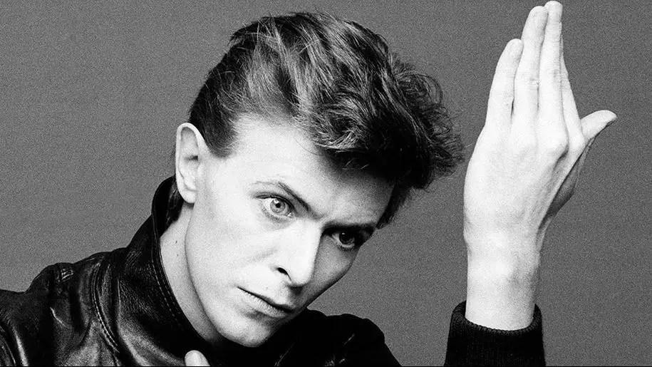David Bowie, Heroes: dentro il significato del testo