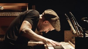 Tripping with Nils Frahm: riflessioni e filosofia del compositore tedesco