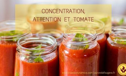 Posture de concentration et d'attention avec une tomate